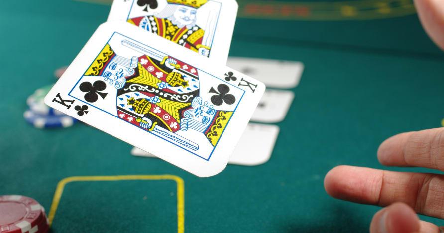 Live Dealer Casino - The Sweet, The Bitter och The Dilemma